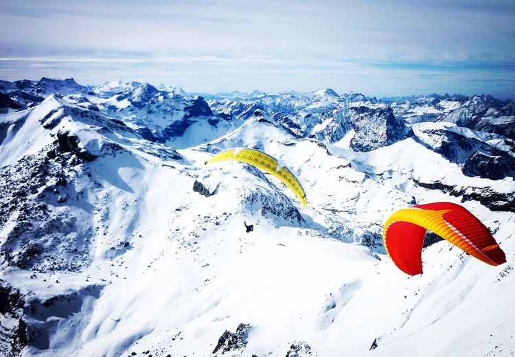 Parasailing at 2700m above sl. Magic Winter Adventure Mountain Outdoors Cold Temperature Snow Scenics Beauty In Nature Nature Day Sky Tranquil Scene Tranquility Landscape No People Parasailing Alps Switzerland Swissalps Snowcapped Mountain First Eyeem Photo