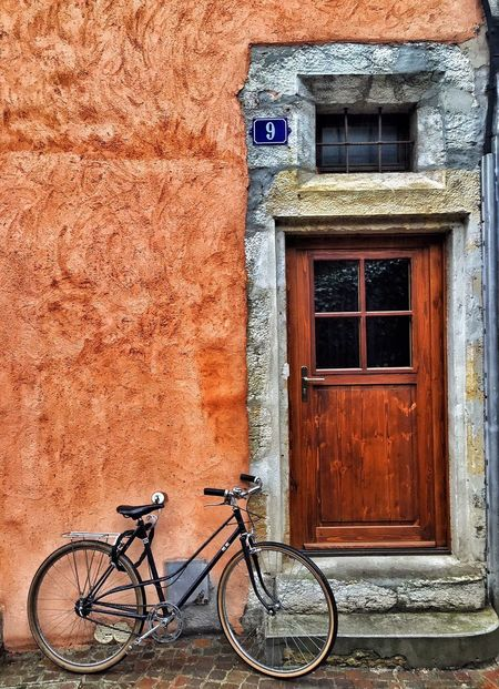 EyeEm Best Shots Exceptional Photographs IPhoneography Hello World EyeEm Streetphotography Bicycle Annecy, France Annecy Old House Old Town Colors The Week Of Eyeem The Week On Eyem Transportation Brown Wooden Door