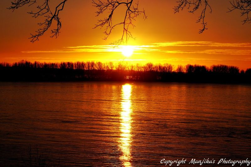 Sonnenuntergang an der Elbe Hamburg Nature Manjika's Photography