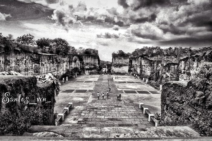 Garuda Wisnu Kencana At The Park EyeEm Indonesia EyeEm Best Shots - Black + White
