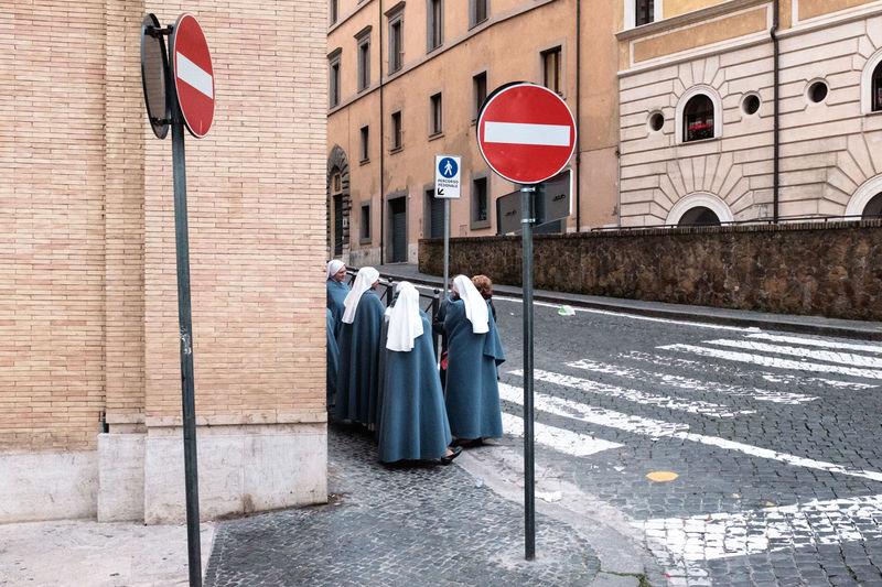 Street shot, Rome Faith Italy Religion Rome Street Streetphoto_color Streetphotography The Street Photographer - 2016 EyeEm Awards The Street Photographer 2016 Finalists My Year My View