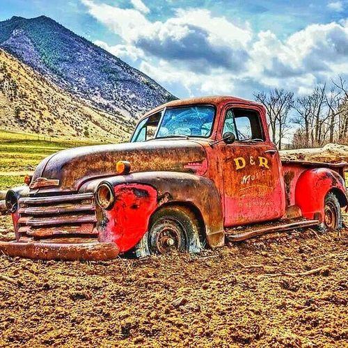 Oldtruck Truck Antique Ranch Montana backroads natgeotravel hdr spring livingBozeman tailgate bonfires classic 406