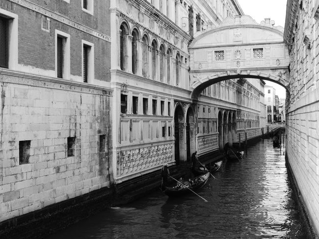 Architecture Building Exterior Built Structure Canal Canal Walks Canals Canals And Waterways City Cultures Day Gondola - Traditional Boat No People Outdoors Ponte Dei Sospiri Ponte Dei Sospiri Venezia Ponte Dei Sospiri Venice Sospiri Travel Destinations Venezia Venice Venice Canals Venice Italy Venice View Venice, Italy Water