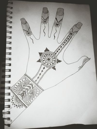 Felt like drawing, idk. ? Drawing ✏ Henna Art I Have No Idea What I'm Doing