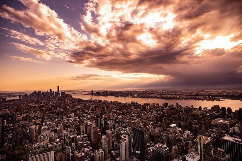 NYC Sunset Sunset EyeEm Best Shots Bestoftheday New York Sky Cloud - Sky Sunset Water Sea Scenics - Nature Beauty In Nature Nature Sunlight