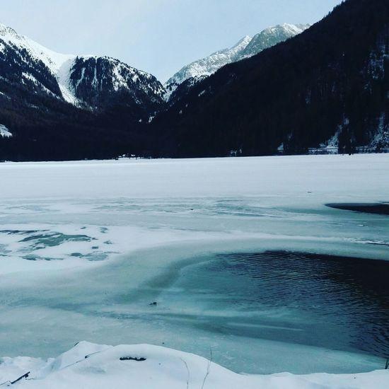 Lago ghiacciato val Pusteria