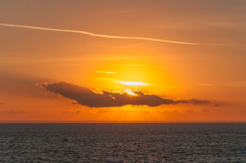 Sun rays color