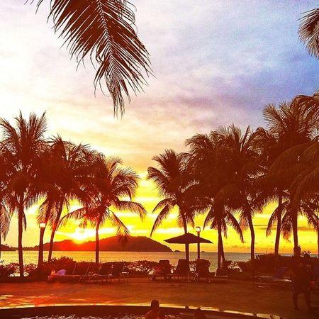 #sunset #sun #clouds #skylovers #sky #nature #beautifulinnature #naturalbeauty #photography #landscape Nature_collection EyeEm Nature Lover EyeEm Best Shots