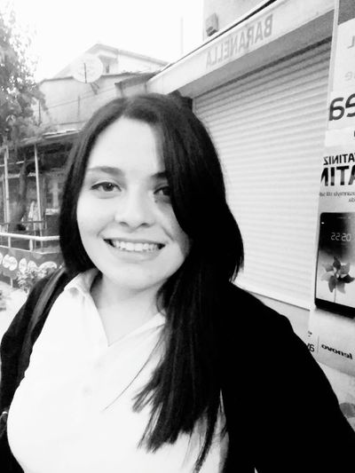 Smile :) Mutluluk 💕💕💕💕 Love ♥ Hair Tarz Smile❤ Holiday POV First Eyeem Photo Water