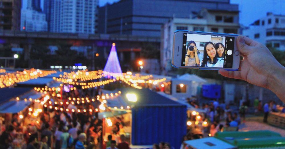 Wandering around BKK with friends. Great time! IPhone Artboxbangkok Bangkok Thailand Lights Night Lights Friends Selfies First Eyeem Photo