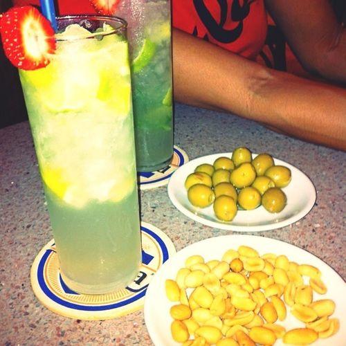Enjoy a glass of Mohito w/ Pipik