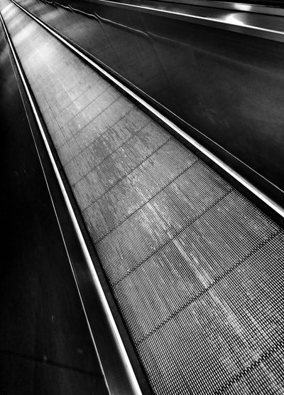 Black & White flat Escalator Diagonal Lines Leading Lines Perspective in Bonn