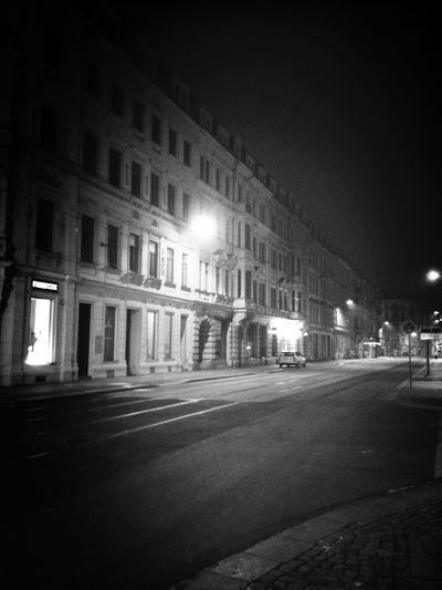 Dresden Tiered Relaxing Beautiful