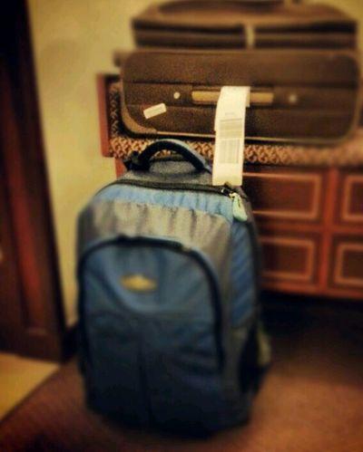 Packing Yeeaahhh I'm Coming Home