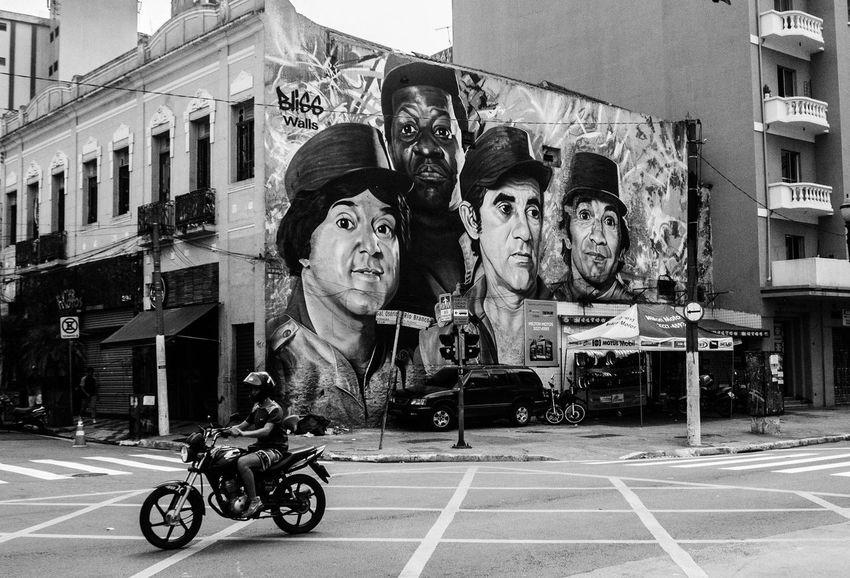 Streetphotography Streetart City Street Photography Art Photographing Photo Day Photography Sao Paulo - Brazil SP Indoors  Rua Fotografia Ruas Das Cidades Grafiti Art Streetart/graffiti Grafiti Photography Themes Fotoderua Streetphoto_bw Artrua Man Centro