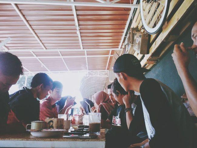 Foponsa Coffee Shop Eyeemindonesia PhonePhotography Lenovoa6000 Octavianuspict EyeEm Best Shots EyeEm Gallery Photophone  Friends Forever! Friendly Community Photography INDONESIA