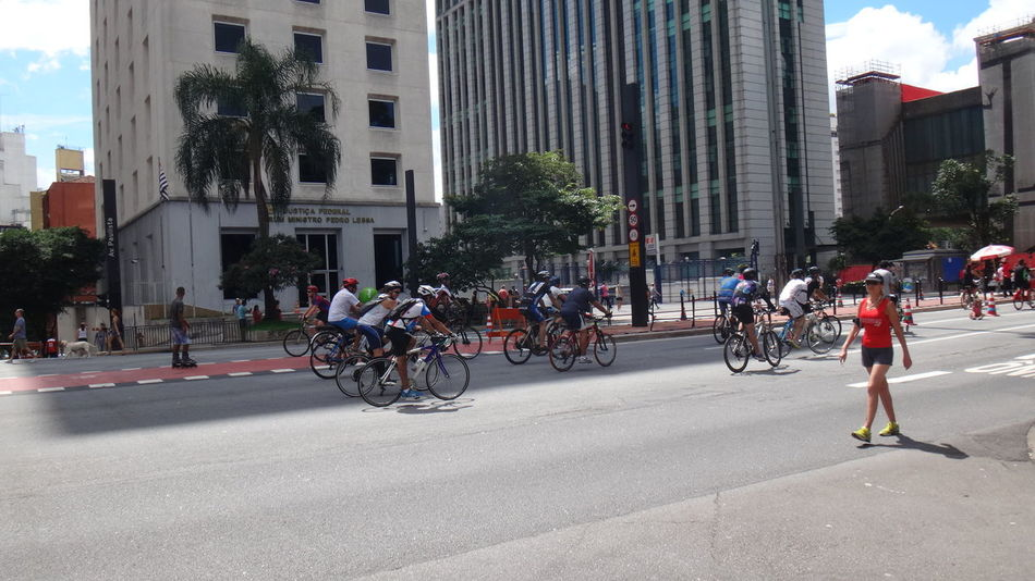 PAULISTA AVENUE SAO PAULO BRAZIL March 06 2016 SUMMER SUNDAY Architecture Bicycle Building Exterior City City Life Day Destination EyeEm Team Land Vehicle Leisure Activity Lifestyles Mode Of Transport Outdoors Parked Parking Riding Side View Stationary Street Summer Transportation Urban Visual Trends SS16 - Urbanity