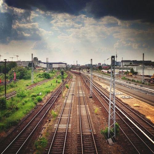 Cityscapes Train Tracks Great Views City 2.0 - The Future Of The City