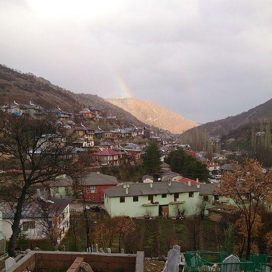 Dereköy'de yağmur ☔ ve gökkuşağı ? görünümü. Yakupcetincom Dereköy Bozkır Konya bozkırdayaşam Bozkırdayaşam