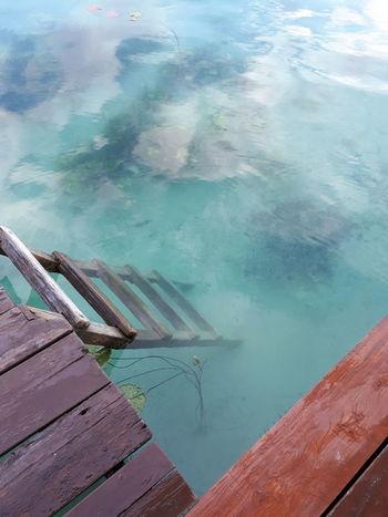 escalera a la laguna Red Aerial View Beauty In Nature