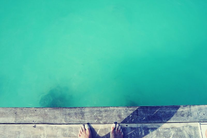 Summer breeze makes me feel fine [...] Yukatán Turquoise Simplistic