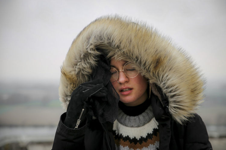 urban queen Winter Warm Clothing One Person Cold Temperature Clothing Headshot Front View Portrait Lifestyles Fur Real People Leisure Activity Coat Focus On Foreground Young Adult Nature Glasses Hood - Clothing Fur Coat Outdoors Woman Girl Sleeping This Week On Eyeem International Women's Day 2019