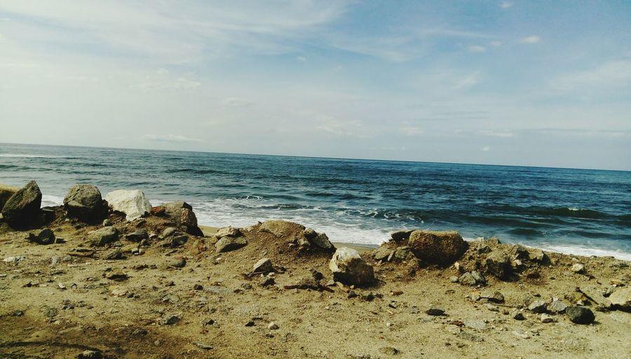 Rocas Y Algo De Mar Rocas Y Agua