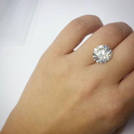 I ❤💎 and 💎❤ me lot 😄Diamondgrader Diamonds Lovediamonds DiamondLife Turkishfollowers Jewelrylovers Addictedtodiamonds Bling Glitter Cool Loveit Luxury Luxurylifestyle  Instagramturkiye