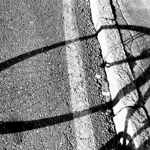 Laruotagirapertutti Tuttoscorre Panta Rhei Bicycle Trip Outdoor Photography Blackandwhite Photography Saturdaymorning Wanderlust City Streetphotography_bw Crossroads Milanocity
