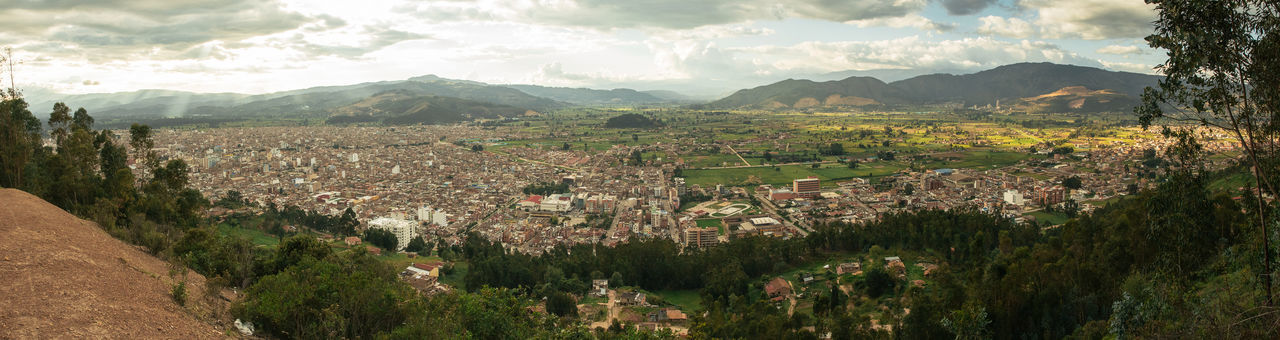 Cityscape Colombia Panoramic Sogamoso_city Aftenoon Architecture Building Building Exterior Built Structure City City View  City View From Mountain Cityscape Colombia ♥  High Angle View Outdoors Residential District Sogamoso South America