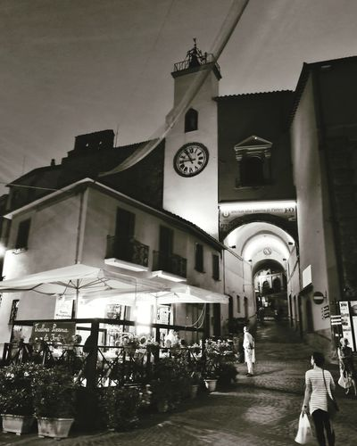 Piazza Clock City Clock Face Place Of Worship Religion Sky Architecture Building Exterior Built Structure