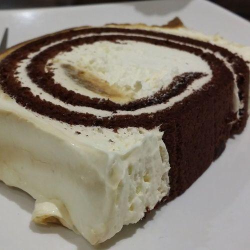 Toffee WhiteChocolat Cake