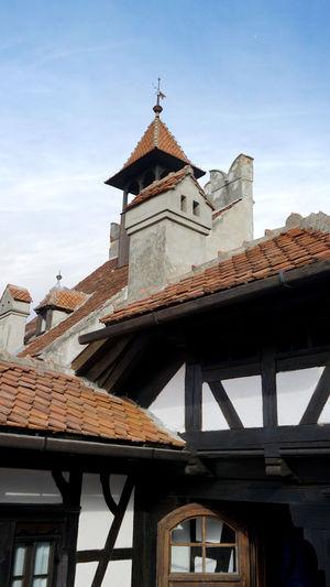 Castle Dracula Architecture Bran, Romania Building Exterior Built Structure Dracula's Castle Low Angle View Roof