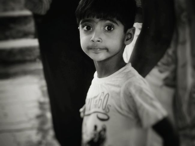 Hello World Check This Out! Saw this cute lil kid while he was asking his mother to buy popsicle Cheese! Eyem Best Shots Awesome_shots Awesome Day Streetphoto_bw Mumbai City Of Dreams Hanging Out Taking Photos Awesome Enjoying Life Snap A Stranger