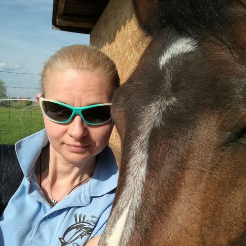 Horse Friends Horse EyeEm Selects Portrait Looking At Camera Summer Women Relaxation Headshot Sand Sunglasses Beauty Sunbathing