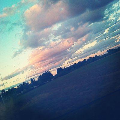 Love the sunset sky ??