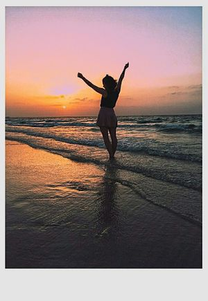 🌅🌅🌅🌊 закат🌇 Sunset Beach Sea Water One Person Full Length Silhouette Summer Nature