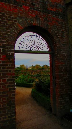 Arch Walled Garden Wimpole Hall, October2017🍂🍁💛 October Built Structure National Trust 🇬🇧 Wimpole Estate