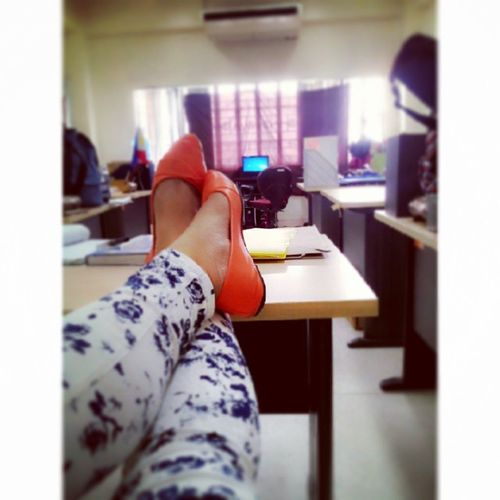 Chill zone. Lowl ?? Asian  Pinay Filipina Shoeselfie floral Orange