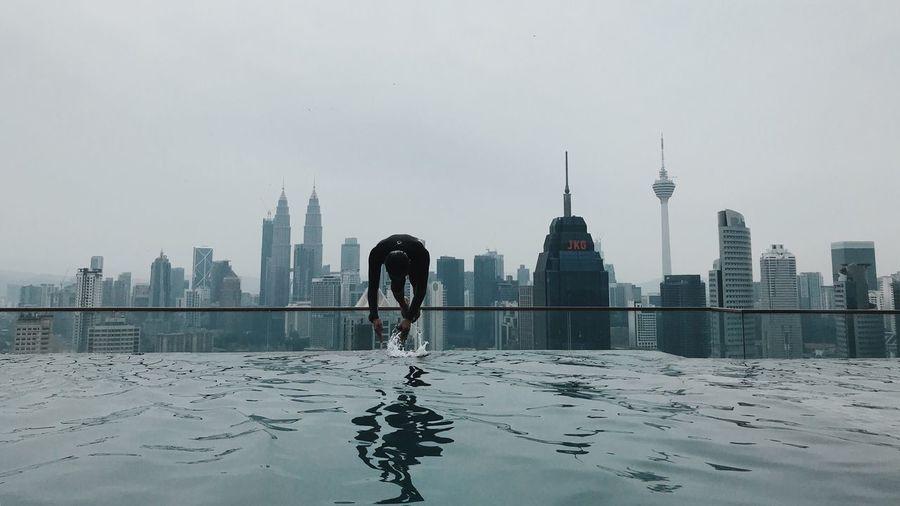 Dive! Pool Dive