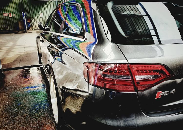 RS4 Audi No People Day Transportation Wet Outdoors Water Motor Vehicle Mode Of Transportation Transparent Architecture Multi Colored Land Vehicle Creativity Close-up Car Graffiti Built Structure Nature
