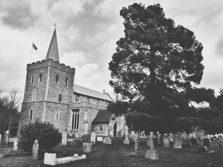 St Mary's Church Church Graveyard Grave History Tree Architecture Outdoors No People Building Exterior Sky
