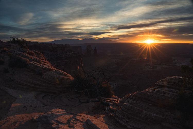 Sunrise Nature Scenics - Nature Outdoors Sunbeam