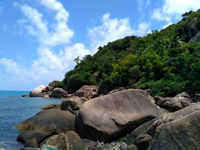 Ko Samui, Thailand Sea Rock - Object Beach Nature Cloud - Sky Scenics Sky Outdoors Water Tranquility Tranquil Scene No People Tree Beauty In Nature Blue Horizon Over Water Archipelago Sea Life Landscape Day Sand Sea And Sky Stone Rocky Mountains