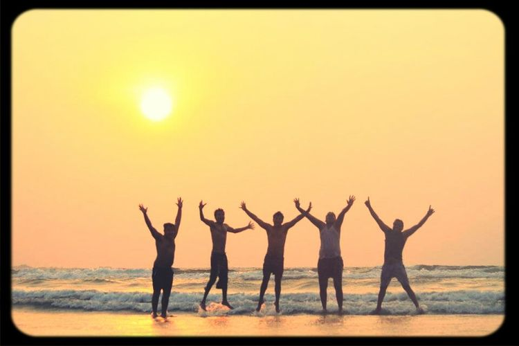 moment of happiness at tarkarli beach Sunset Silhouettes Beachphotography Happiness Funtimes
