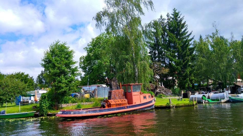 Berliner Wassertour Berlin Boat Boot Eye4photography  EyeEm EyeEm Best Edits EyeEm Best Shots EyeEm Gallery EyeEmBestPics Must See River Spree River Water