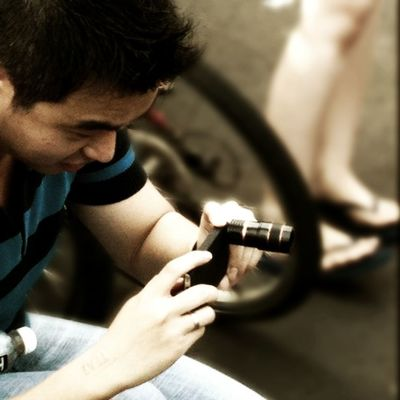 I will get this iPhone slr! Thks for the poison advice @firboy Pimpmyphoto courtesy of @eriverde Iphonesia