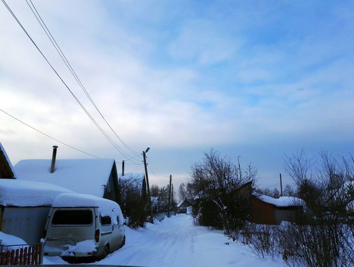 Snow Winter Cold Temperature Car Cloud - Sky No People Transportation Tree Sky Nature Outdoors Day Willage