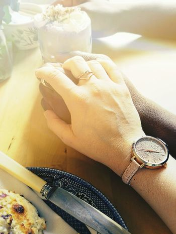 Hands Connection Relationship Time Fondness Tenderness Holding On Cafe Time To Say Goodbye Scones And Jam Hot Chocolate Marshmallows 3XSPUnity