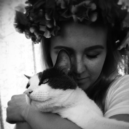 Обнимашки валякотик цветы котаны веснушки лето